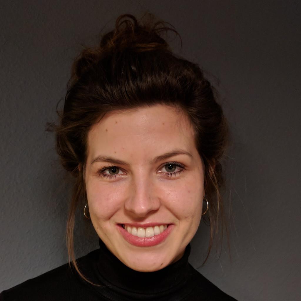 Sonja Frisch